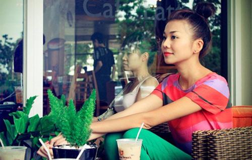 'Soi' BST quần jean màu của Thanh Hằng - 3