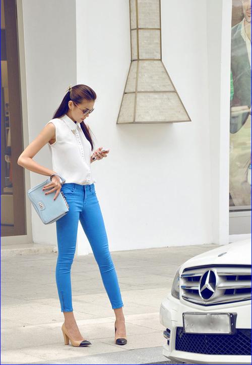 'Soi' BST quần jean màu của Thanh Hằng - 14