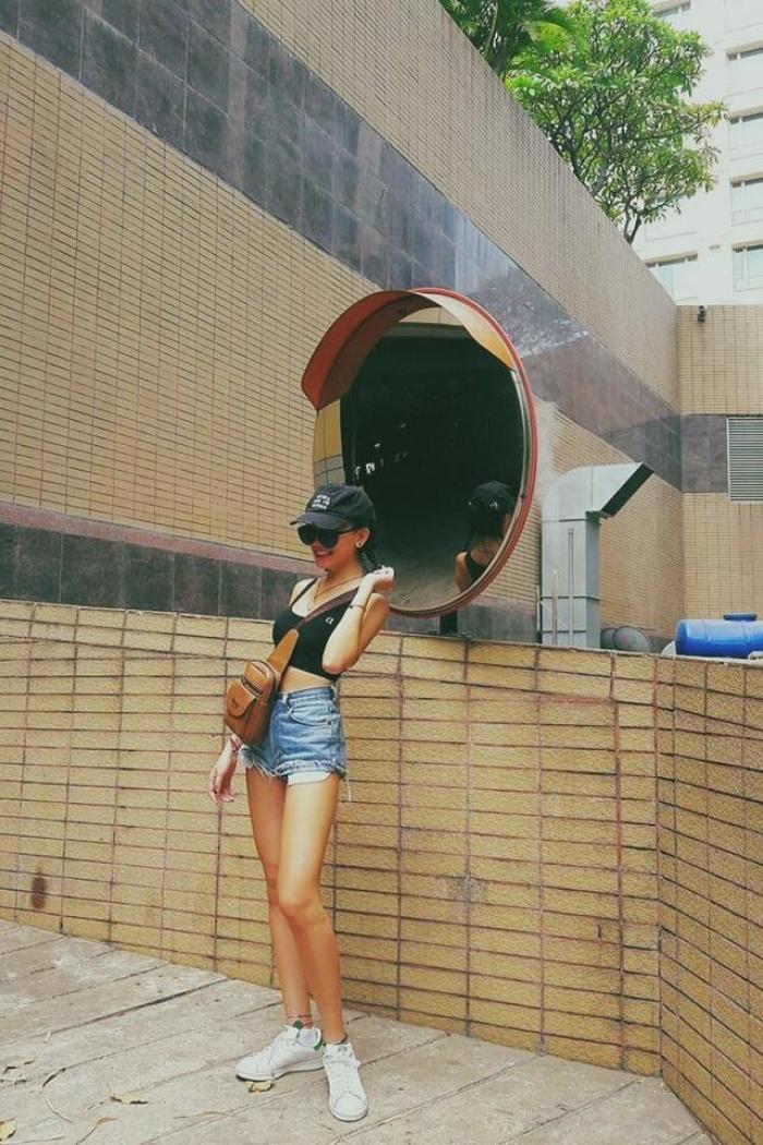 6 cô nàng hot girl Việt đang lăng xê tích cực phong cách gợi cảm - Ảnh 31.