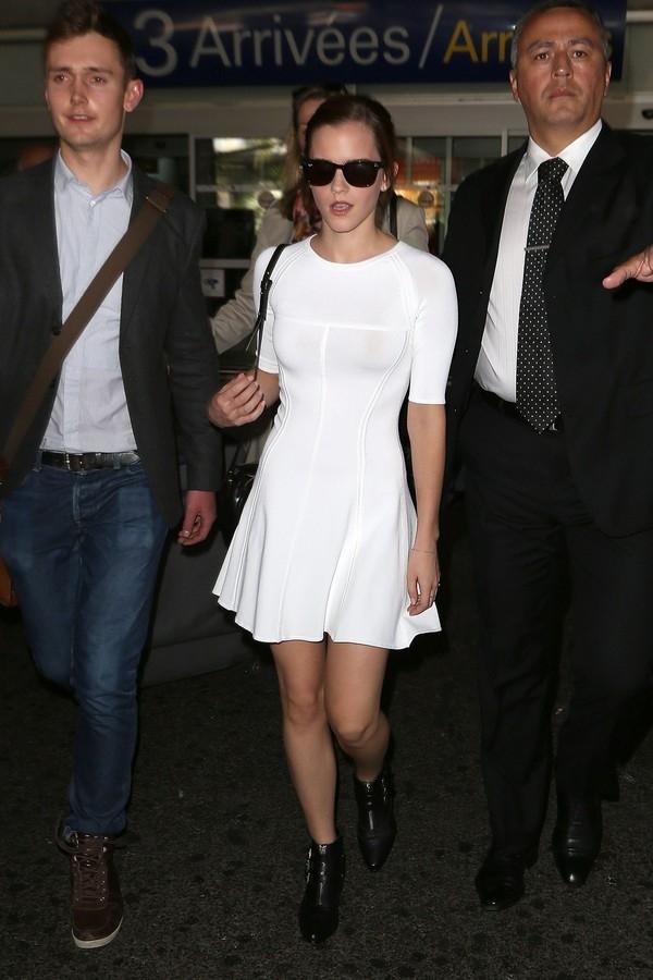 """Little White Dress - chiếc váy """"quyền lực"""" của phái đẹp Hè 2013 23"""