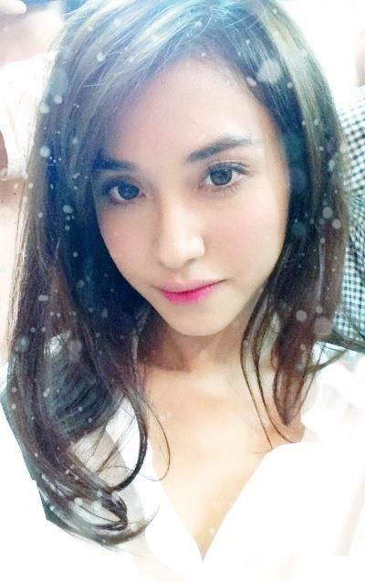 Bạn gái đại gia, xinh đẹp của sao nam Việt 2013 - 12