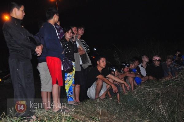 Đêm thứ 6 nằm dưới lòng sông, đội cứu hộ vẫn chưa tìm thấy thi thể chị Huyền 4