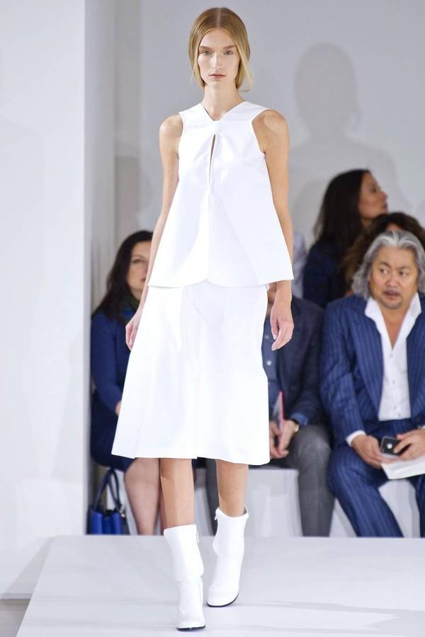 """Little White Dress - chiếc váy """"quyền lực"""" của phái đẹp Hè 2013 6"""