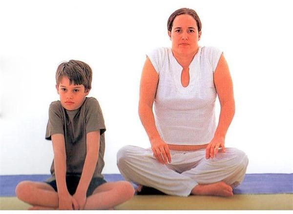 Các bài khởi động cho bé trước khi tập yoga  6