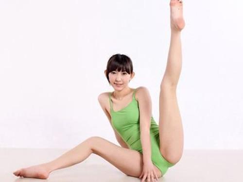 7 động tác yoga cho cặp đùi thon chắc - 5