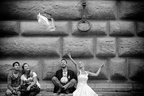 Bộ ảnh cưới đẹp ngỡ ngàng của cô dâu bị ung thư