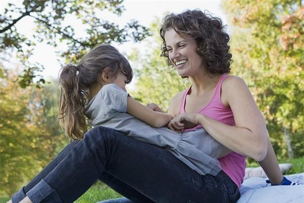 Bà mẹ 5 con người Anh chia sẻ kinh nghiệm làm mẹ hết sức quý báu 1
