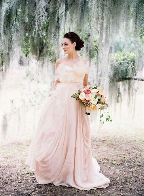 10 váy cưới lý tưởng cho nàng ngực nhỏ, eo to - 3