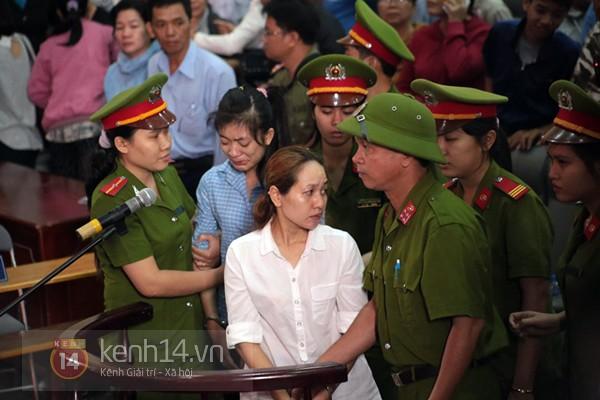 Chịu mức án 3 năm tù giam, bị cáo Lý khóc ngất, bị cáo Phương cúi đầu xin tha thứ 19