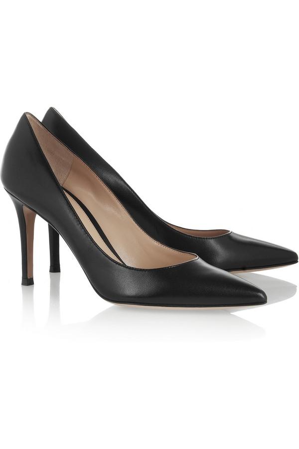Lựa giày cao gót đen bình dân đến cao cấp cho nàng công sở 15