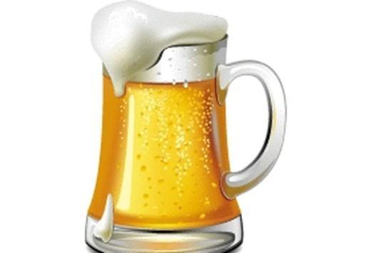 Bia. Đối với một số người, uống bất kỳ loại rượu cũng có thể bị đau nửa đầu. Trong một số trường hợp khác, khi bạn uống bia, rượu whisky, rượu vang… sẽ làm suy giảm nồng độ serotonin trong não (hormone hạnh phúc làm cơ thể thư giãn) cũng có thể gây ra chứng đau nửa đầu.