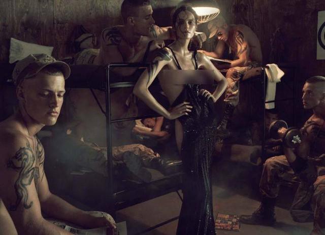 Xuất phát từ ý tưởng của những nam nữ thanh niên yêu hòabình thế kỷ trước Stenven và ê kíp của mình đã cho ra đời bộ ảnh và đăngtrên tạp chí Vogue của Ý vào năm 2007.