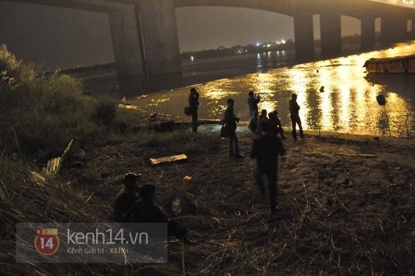 Đêm thứ 6 nằm dưới lòng sông, đội cứu hộ vẫn chưa tìm thấy thi thể chị Huyền 5