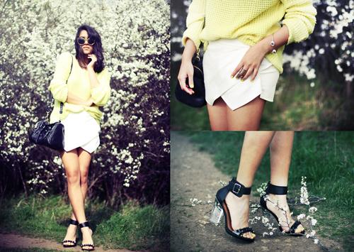 """""""Refresh"""" style ngày hè với giày cao gót trong suốt 12"""