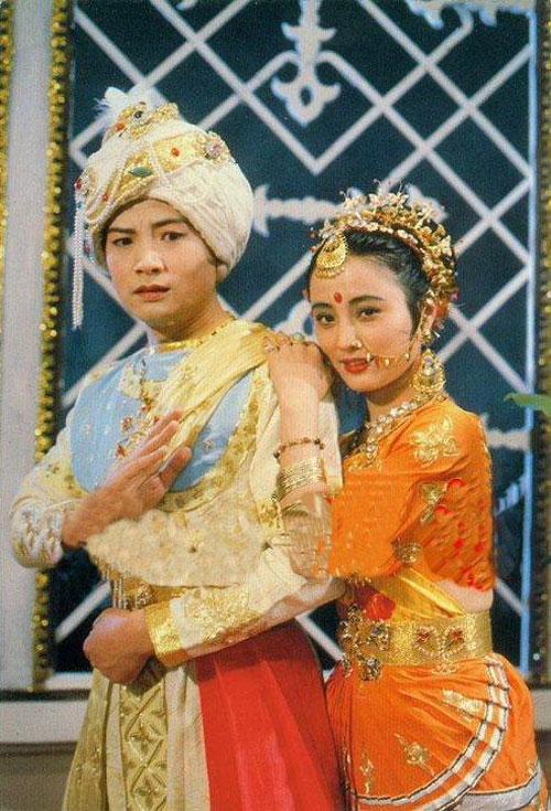 Lý Linh Ngọc, diễn viên đảm nhận hai vai Ngọc Thố Tinh (thỏ ngọc của Hằng nga, trốn xuống trần làm loạn)