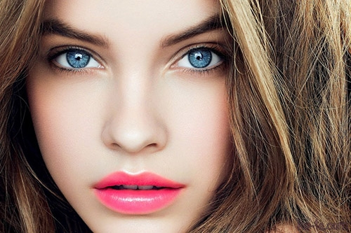 Ban đầu, mắt màu xanh thực ra là một đột biến gen.