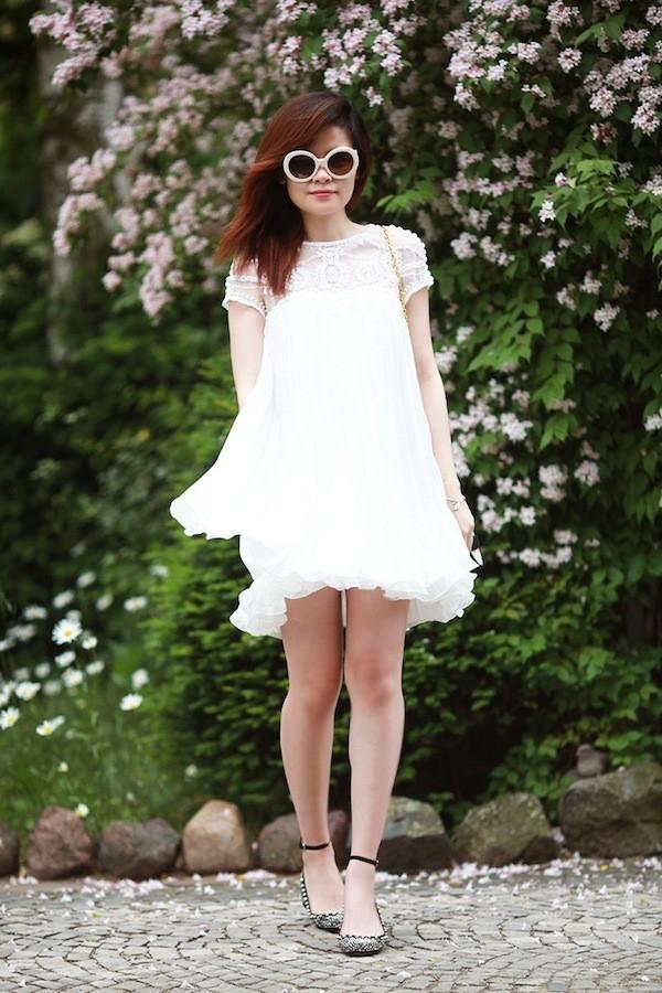 """Little White Dress - chiếc váy """"quyền lực"""" của phái đẹp Hè 2013 17"""