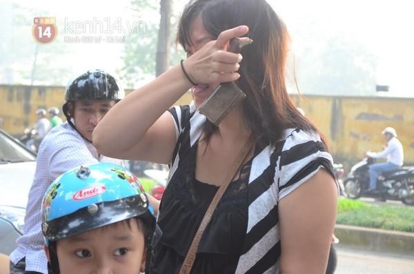 Từ tờ mờ sáng nay, người dân Hà Nội đã đến khóc thương Đại tướng 39