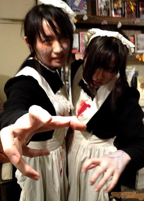 Nhật Bản: Rợn người với quán cà phê Halloween 3