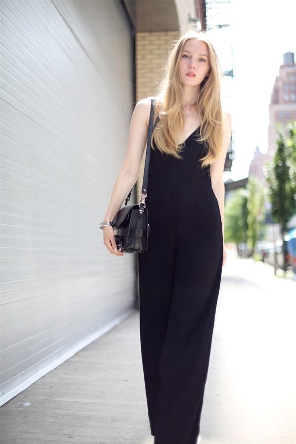 Quyến rũ và hiện đại như street style tháng 8 của phái đẹp châu Âu 3