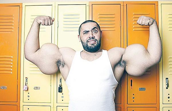 """Choáng với thân hình biến dạng khủng khiếp của những người """"cuồng"""" gym 2"""