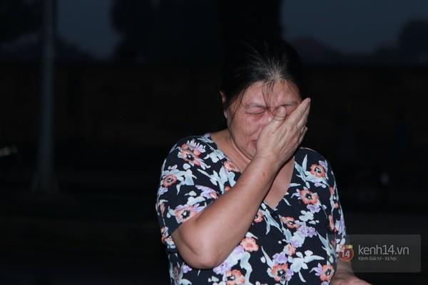 Từ tờ mờ sáng nay, người dân Hà Nội đã đến khóc thương Đại tướng 5