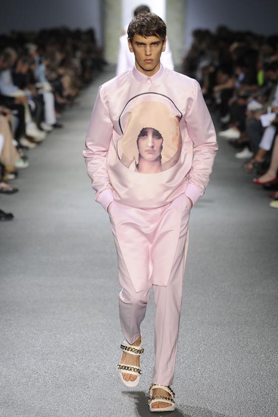 Những ý tưởng gây tranh cãi trong làng thời trang thế giới 3