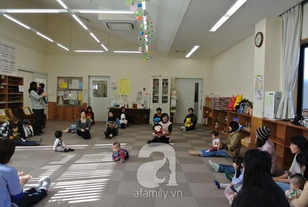 """""""Đột nhập"""" lớp dạy cách chơi với con cực hay của mẹ Nhật tại Tokyo 5"""