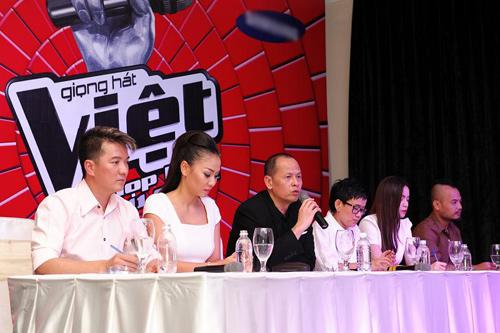 'The Voice Vietnam lộ rõ bản chất 'đầu voi đuôi chuột'