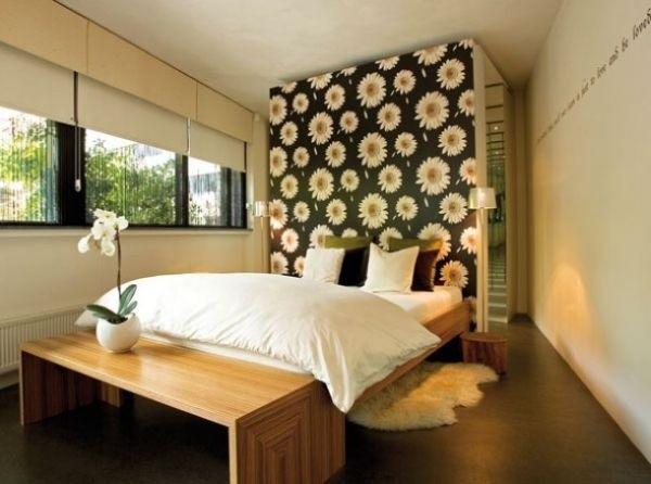 Gợi ý trang trí tường nhà với họa tiết hoa 9