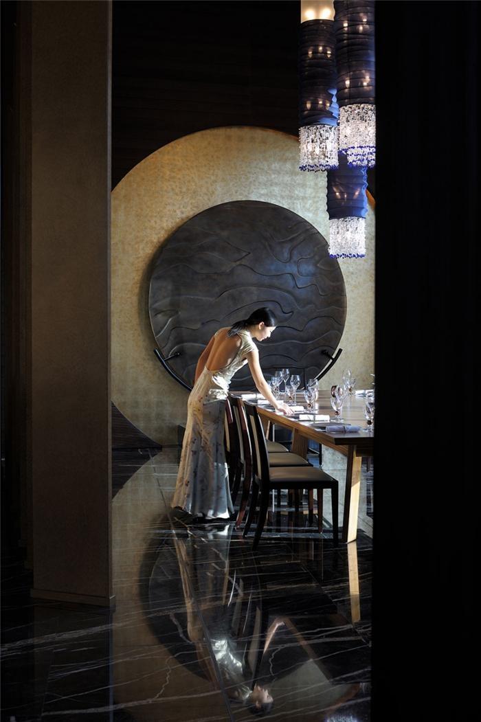 Đến dùng bữa tối tại những nhà hàng đẹp nhất Dubai