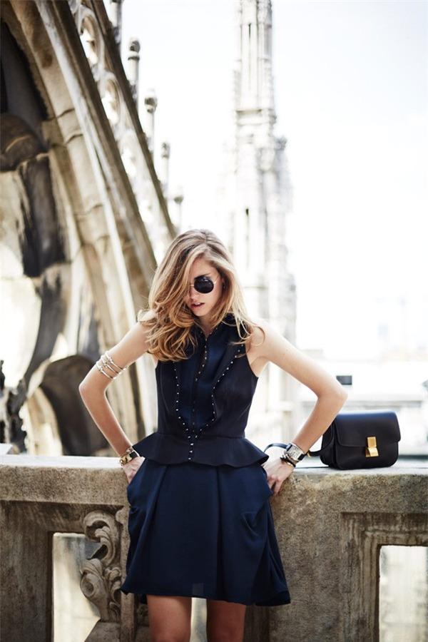 Quyến rũ và hiện đại như street style tháng 8 của phái đẹp châu Âu 5