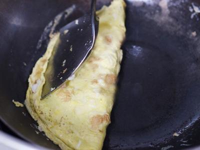 Công thức cơm thập cẩm cuộn trứng cho bữa sáng thịnh soạn 7
