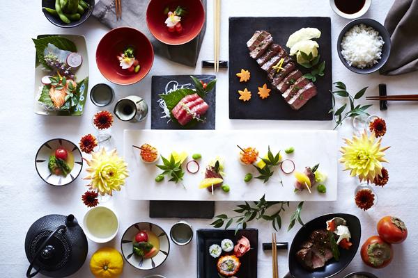 Trên bàn tiệc của người Nhật, thức ăn tuy không nhiều nhưng lại vô cùng bắt mắt.