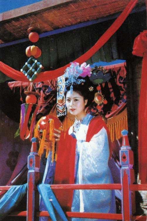 """Một trong những mỹ nhân của """"Tây Du Ký"""", thân mẫu của Đường Tăng. Vai này do diễn viên Mã Lan thể hiện."""
