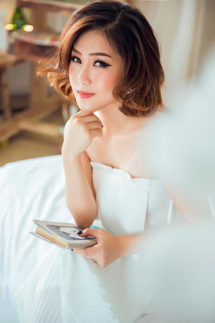 Chán sexy, Hương Tràm trở lại xinh đẹp với hình tượng ngọt ngào - Ảnh 1.