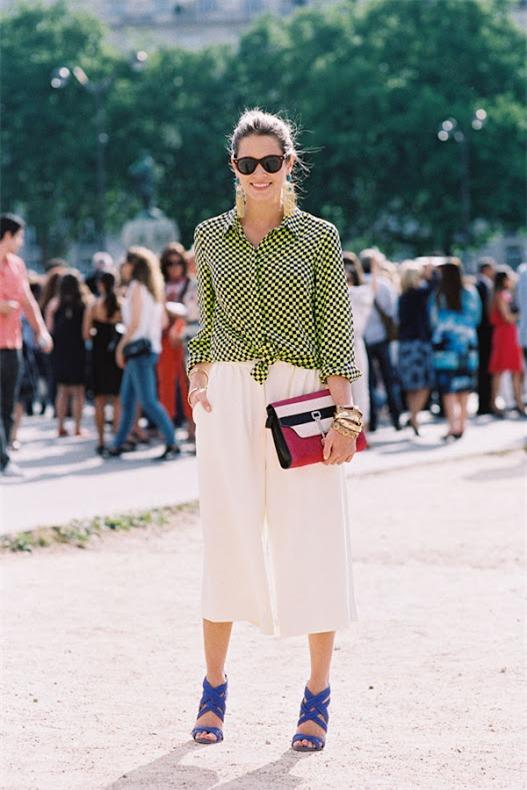 Quyến rũ và hiện đại như street style tháng 8 của phái đẹp châu Âu 10