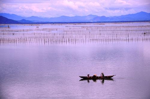 Sổ tay du lịch so tay du lich Sotaydulich Sotay Dulich Khampha Kham Pha Bui Thu về trên phá Tam Giang