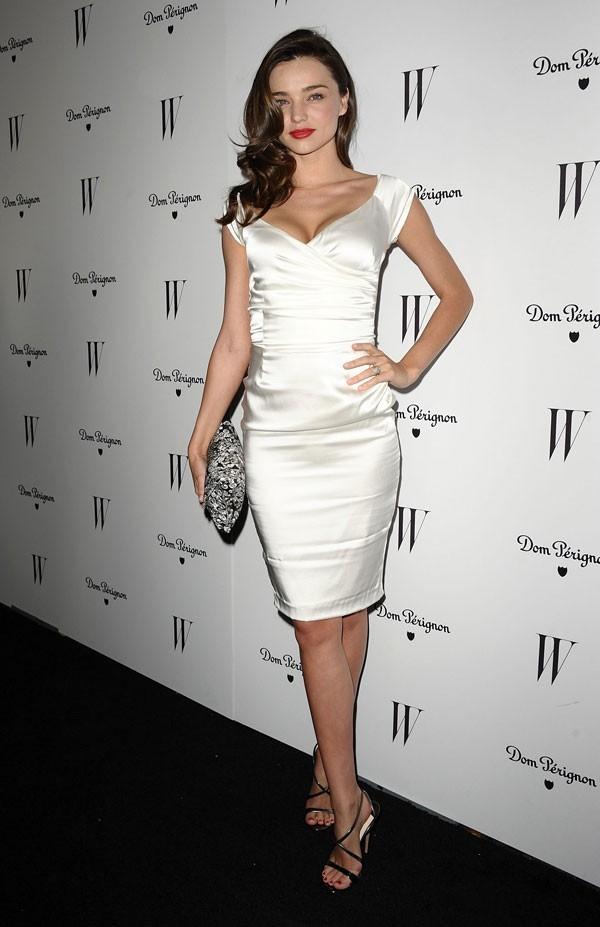 """Little White Dress - chiếc váy """"quyền lực"""" của phái đẹp Hè 2013 29"""