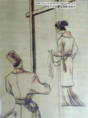 Những hình phạt ghê rợn với phụ nữ ngoại tình thời cổ 11