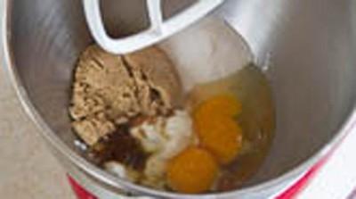 Mềm thơm hấp dẫn món bánh cupcake cà rốt 8