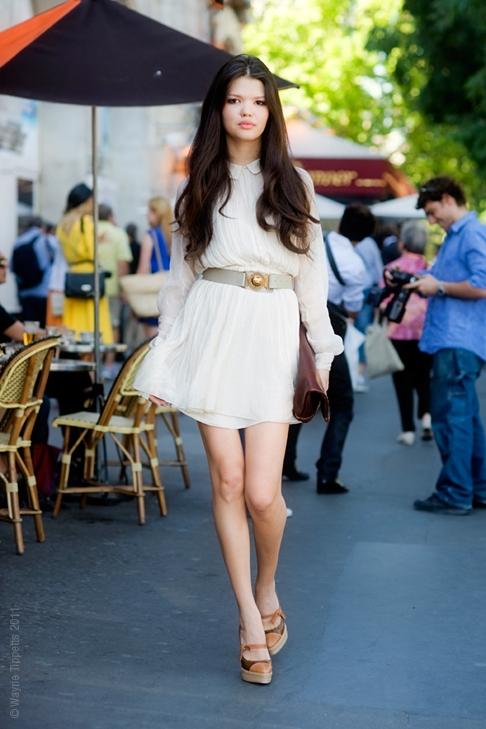 """Little White Dress - chiếc váy """"quyền lực"""" của phái đẹp Hè 2013 14"""
