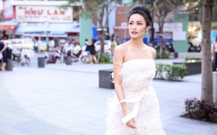 Bạn gái Cường Đô La lại khiến đám đông xôn xao khi mặc nóng bỏng - Ảnh 11.