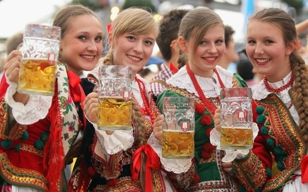 Những món ăn đặc trưng trong lễ hội bia của người Đức 8