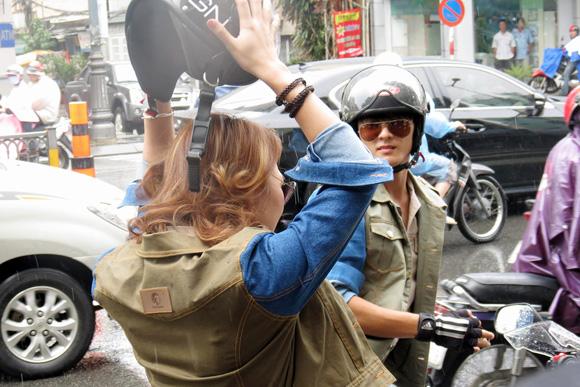 Mỹ Tâm xuất hiện cực ngầu với môtô và trang phục bụi bặm | Mỹ tâm 2013,ca sỹ Mỹ Tâm,Họa mi tóc nâu