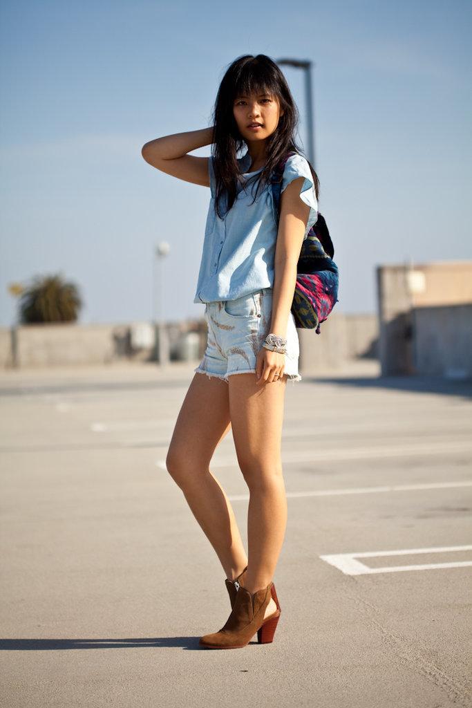 Mẹo mặc quần cutoff shorts jeans phù hợp với mọi vóc dáng
