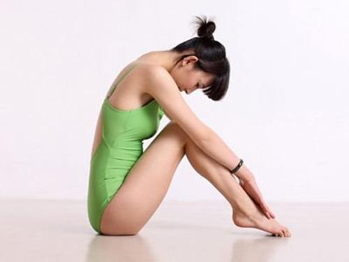 7 động tác yoga cho cặp đùi thon chắc - 4