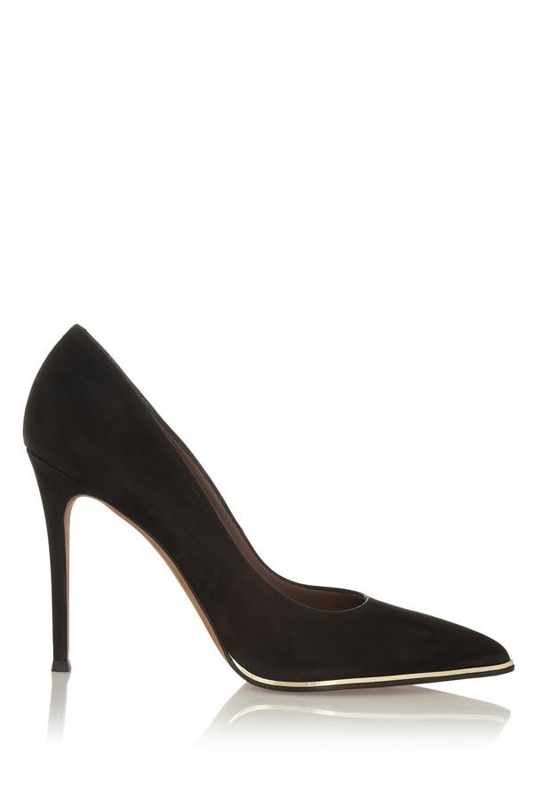 Lựa giày cao gót đen bình dân đến cao cấp cho nàng công sở 12