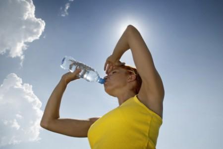 uống nước