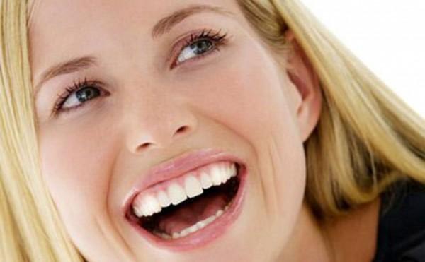 meo làm trắng răng